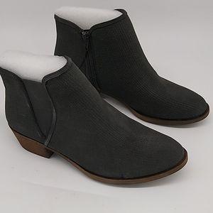 Kensie Gerona Boot Dark Grey size 8.5 NIB